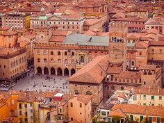 Piazza Maggiore, Bologna | Flickr - Photo Sharing!