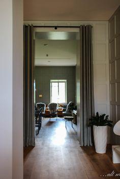 Alter, Oversized Mirror, Furniture, Home Decor, Ideas, Decoration Home, Room Decor, Home Furnishings, Home Interior Design