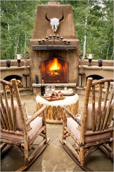 Rustic Outdoor Fireplace Designs Ideas For Your Barbecue Party Rustic Outdoor Fireplaces, Outdoor Fireplace Patio, Fall Fireplace, Outdoor Fireplace Designs, Shiplap Fireplace, Western Style, Rustic Rocking Chairs, Southwest Decor, Southwest Style