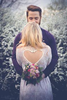 Hochzeitfotograf - Brautkleid und Brautstrauß