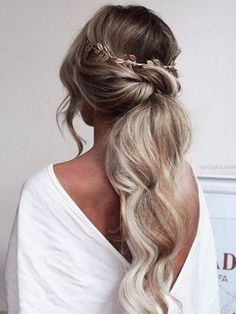 low ponytail hairstyles for weddings hair bridesmaid hair Fancy Ponytail, Perfect Ponytail, Formal Ponytail, Low Ponytail Hairstyles, Bride Hairstyles, Hair Ponytail, Ponytail Ideas, Wedding Ponytail, Hairstyle Photos