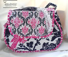 Chiflada Purse PDF Pattern by That's Artrageous  + How to Sew Piping in One Step