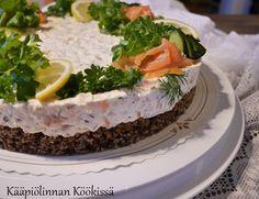 Kääpiölinnan köökissä: Lohi-juustokakku saaristolaisleipäpohjalla ♥