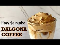 Why is the world going crazy after Dalgona Coffee? Well, the netizens are giving so much hype to that fascinating glass of Dalgona Coffee. Now the question is, where this hype came from? Fun Drinks, Yummy Drinks, Beverages, Yummy Food, Mousse, Food Truck Design, Sweet Coffee, Savarin, Pinoy Food