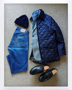Today's Outfit. Chambray Shirt Outfits, Outdoor Fashion, Outfit Grid, Mens Fashion, Fashion Outfits, Mode Style, Well Dressed, Casual Looks, Casual Wear