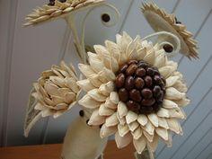 The perfect diy pumpkin seed flower decoration – Artofit Jute Crafts, Diy Home Crafts, Crafts For Kids, Paper Crafts, Handmade Flowers, Diy Flowers, Flower Decorations, Paper Flowers, Pine Cone Art