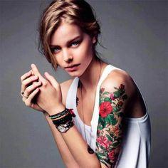 tatuaje flores antebrazo