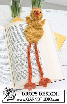 """Free pattern I made one of these. I love it. Ravelry: 0-624 Chicken bookmark in """"Alpaca"""" pattern by DROPS design"""