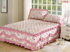 Ruffle Bedding, Linen Bedding, Bedding Sets, Bed Cover Sets, Bed Covers, Kids Bed Linen, Floral Bedspread, Bathroom Crafts, Vintage Pillows