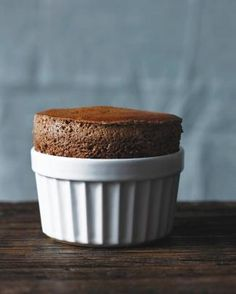 Faultless Chocolate Souffle - thanks to Clara the souffle girl, I really want to try this