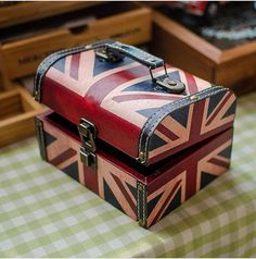 Uk Style Wooden Box Desktop Sundries Holders Jewerly & Treasure Storage Box Multi-use Portable Make-up Box Case Hot Selling