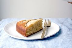 The little black dress of cakes: Stunning, simple, and effortlessly reliable.