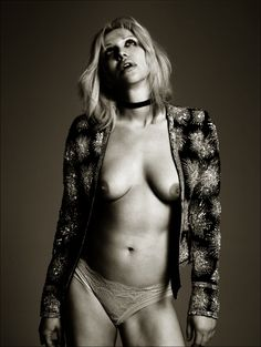 Are Young courtney love naked