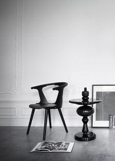 Black Shuffle It table