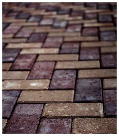 Google Image Result for http://www.heartstoneinc.com/photosmaterial/Holland-Stone-pavers.jpg