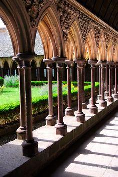 Abbey cloister - courtyard and garden, Mont Saint Michel, Normandy, France Mont Saint Michel France, Le Mont St Michel, Beautiful World, Beautiful Places, Belle France, Belle Villa, Chapelle, Place Of Worship, France Travel