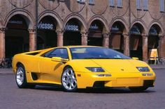 Debuting in 1990, the Lamborghini Diablo was the first car produced by the company that could exceed a top speed of 200mph. Its power, derived from a 5.7L, 48-valve version of the V12, was heavily complemented by a number of fantastic features.