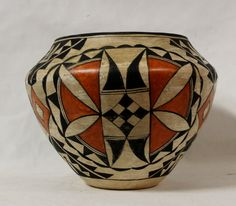 """Native American Historic Acoma Poly Chrome Pottery Olla 914. Description: Native American Acoma Polychrome Olla – circa 1950, signed Acoma Pueblo. Dimensions: 8"""" x 6"""". Condition: Very good for its age"""