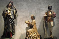 The three kings at the Cloister Museum by Kim Schneider