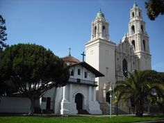The city's oldest building and first mission. Founded by Spanish settlers in 1776, the mission and neighboring church feature historic adobe architecture. Scenes from Hitchcock's Veritigo were filmed in the church cemetery.