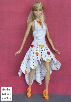 crochet barbie doll clothes for beginners Barbie Knitting Patterns, Barbie Clothes Patterns, Clothing Patterns, Dress Patterns, Crochet Doll Dress, Crochet Barbie Clothes, Fashion Dolls, Fashion Outfits, Fashion Clothes