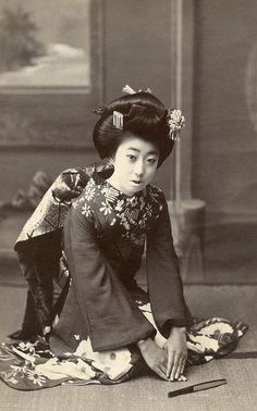 Osaka maiko, 1917