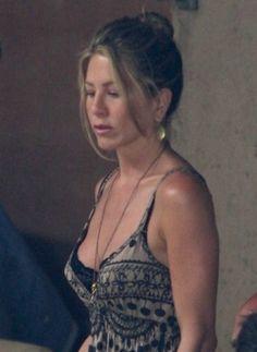 Jennifer Aniston Quotes, Jennifer Aniston Pictures, Jennifer Aniston Style, Jennifer Lopez, Beautiful Celebrities, Beautiful Women, Cute Country Girl, Jeniffer Aniston, John Aniston