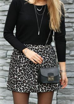 Animal prints are always fun! Panter skirt with black details, our favorite leather bag and matching silver jewelry - available on www.my-jewellery.com | #animal #prints #skirt #leather #bag #outfit #woman #fashion #style #look #bracelets #myjewellery