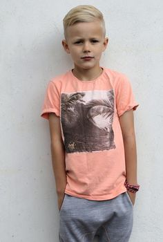 Cool Kids Haircuts for Boys coiffure males are utilized by the majority of males for several of decades now. These hairstyles appear good on boys. Boys usually love making a style statement of their very own. Cool Kids Haircuts, Boy Haircuts Short, Little Boy Hairstyles, Stylish Haircuts, Modern Hairstyles, Haircut Short, Children Hairstyles Boys, Boys Haircuts Trendy 2018, Boys Hairstyles Trendy