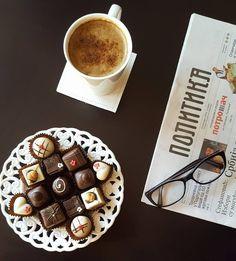 Dobro jutro! ;) #dobrojutro #kolaci #beograd #cokolada #chocolates #kafa #coffee