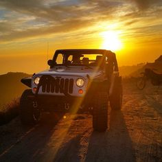 Jeep Is Life — jeepflow:   What a great photo of this jeep and...