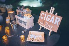 Cigar Bar Bodas, Diy Wedding Favors, Wedding Decorations, Wedding Ideas, Super Bowl Time, Baby Shower Gender Reveal, Wedding Table, Wedding Beach, Bar Signs