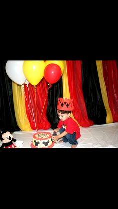 Mickey Mouse Smash cake photo session