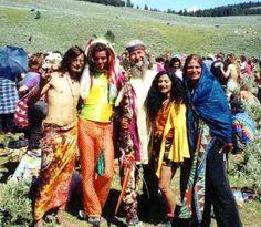 Woodstock 69 Hippie Style, Hippie Man, Hippie Love, Hippie Things, Urban Hippie, Hippie Vibes, Hippie Bohemian, Mundo Hippie, Estilo Hippie
