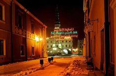 Zamość-Poland...świąteczny nastrój na Rynku Wielkim-zima 2014r-w tle sztuczne lodowisko