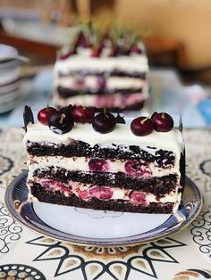 Easy Cake Recipes, Sweets Recipes, Easy Desserts, Delicious Desserts, Cake Cookies, Cupcake Cakes, Chocolate Cake Recipe Easy, Bulgarian Recipes, Catering Food