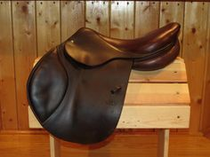 "AVAIL - GORGEOUS 2011 CWD SE01 17.5"" 2C flap medium tree CC saddle for sale. Trials welcome!"