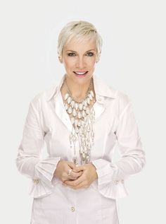 Annie Lennox is featured in the new issue of Woman And Home - http://www.eurythmics-ultimate.com/blog/2014/12/05/annie-lennox-featured-new-issue-woman-home/