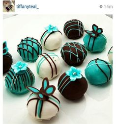 Tiffany blue and black cake pops. Not necessarily like this, but we could put a fancy twist on the cake pops you normally make. Cake Pops, Chocolate Truffles, Chocolate Brown, Chocolate Covered, Chocolate Cake, Chocolate Candies, Mini Cakes, Cupcake Cakes, Cake Ball