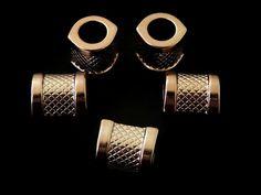 SECC18 Separador para collar, color cobrisado (plastimetal), medida 1.8cm, precio x 12 piezas $60 pesos, precio x 25 piezas $110 pesos