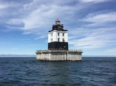 True Cost of Buying a Cheap Lighthouse? That Should Be Visible a Mile Away - The New York Times
