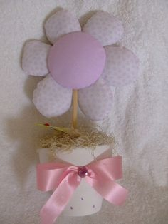 Flores de tecidos,para decorar o quartinho do bebe. | Flickr - Photo Sharing!