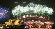 New Years Eve fireworks, Opera House and Harbour Sydney, Australia - Rob Chandler, photographer