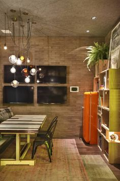 Casa Cor RJ – 2014: Salas de jantar industriais por Studio ro+ca