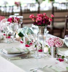 Centros de mesas en rosa, gris y lila