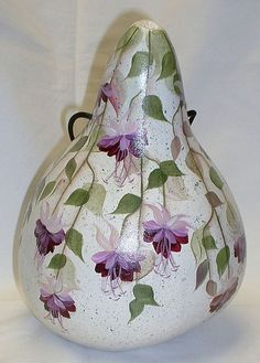 Hummingbird with Fuchsia Flowers Gourd Birdhouse - Hand Painted Gourd Hummingbird with Fuchsia Flowers Gourd Birdhouse by FromGramsHouse Hand Painted Gourds, Painted Pumpkins, Gourds Birdhouse, Birdhouses, Light Bulb Crafts, Chicken Crafts, Bird Houses Painted, Cork Art, Acrylic Painting Techniques