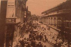 Défilé scolaire rue Cockerill, le 1er juin 1930