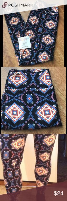 ➕ PLUS (12-22) TC LuLaRoe Geometric Leggings Oh so soft and comfy! Great for lounging or pair with an oversized top or sweater and boots. Tall and curvy fit 12–22. Excellent condition. Opened and washed, but not actually worn. LuLaRoe Pants Leggings