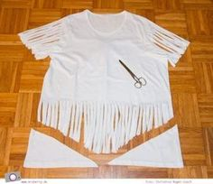 Fantastic Free of Charge DIY Carnival: making Indian costume Concepts MrsBerry. Indian Costume Kids, Indian Costumes, Diy Costumes, Cowboy And Indian Costume, Diy Cut Shirts, T Shirt Diy, Cutting Shirts, Last Minute Kostüm, Karneval Diy