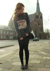 Zara has great clothes.